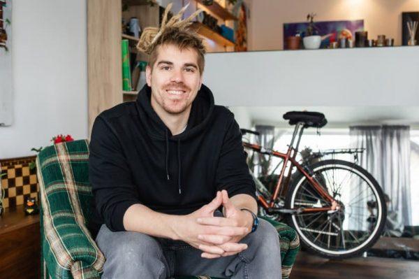#allaboutchange: Luka Nauković mladi je poduzetnik koji se u Zagrebu bavi terapijom plutanja