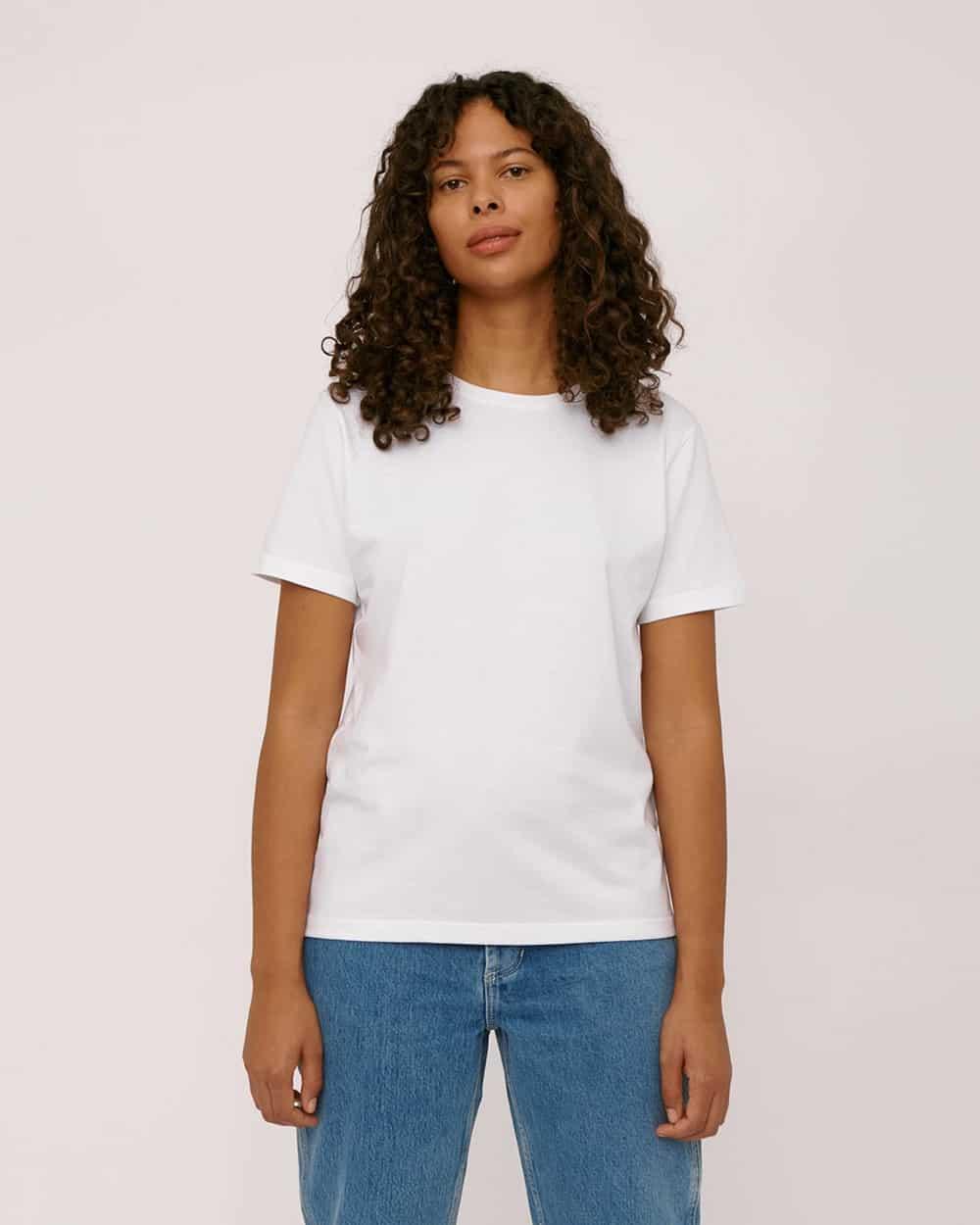 7 savršenih: Organic Basics bijeli T-shirt za proljeće 2021.