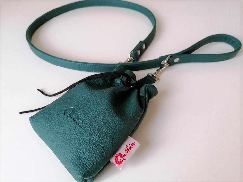 Qushin Jade povodnik i torbica za šetnju