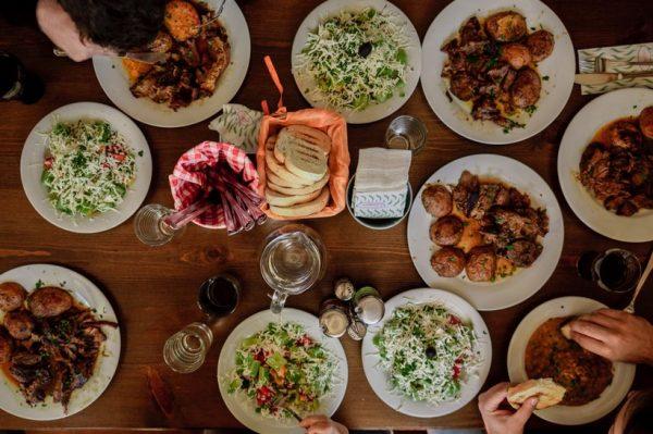 Odmorite od kuhanja: Zvona catering dostavljaju kompletan obiteljski ručak na vaš kućni prag