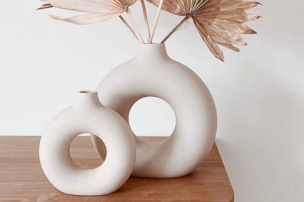 Ove minimalističke vaze trenutno viđamo posvuda