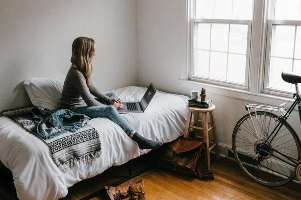 Otkrijte kako spriječiti burnout dok radite od kuće te očuvati mentalno zdravlje