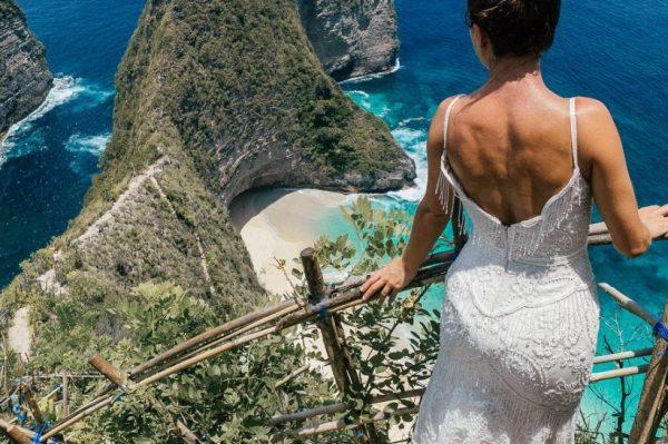 Ova mladenka je svoju vjenčanicu povela na put oko svijeta