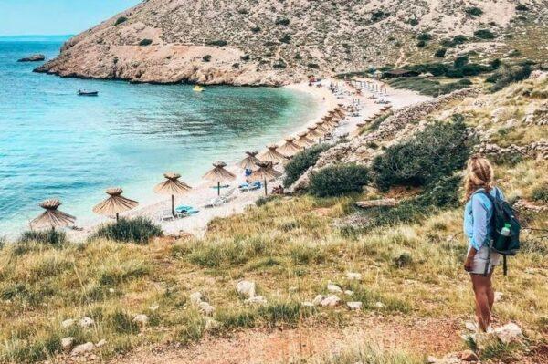 Plaža koja će vas očarati ljepotom i kristalno čistim plavim morem