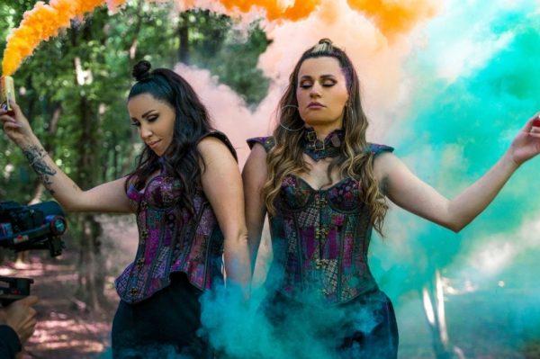 Andrea i Lana na scenu donose Revolvere – duet o kojem se već priča
