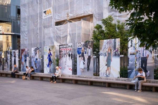 Sinoć je na Cvjetnom trgu otvorena izložba posvećena uličnoj modi pod zagrebačkim skelama