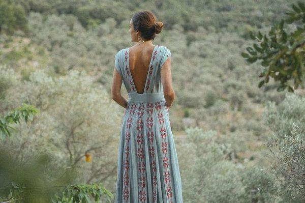 Što odjenuti na ljetno vjenčanje? Donosimo 50 odličnih prijedloga