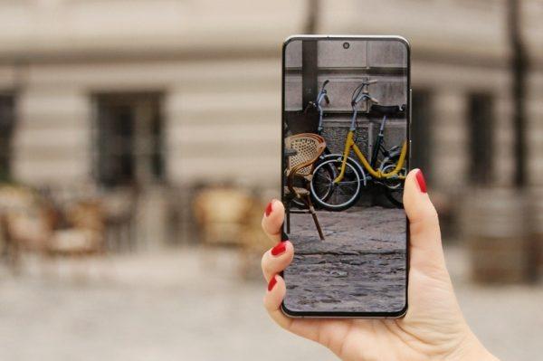 Stvaraj nezaboravne uspomene Samsung Galaxy S20 kamerom