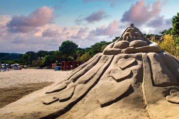 Lopar je još jednom postao prava umjetnička oaza od pijeska