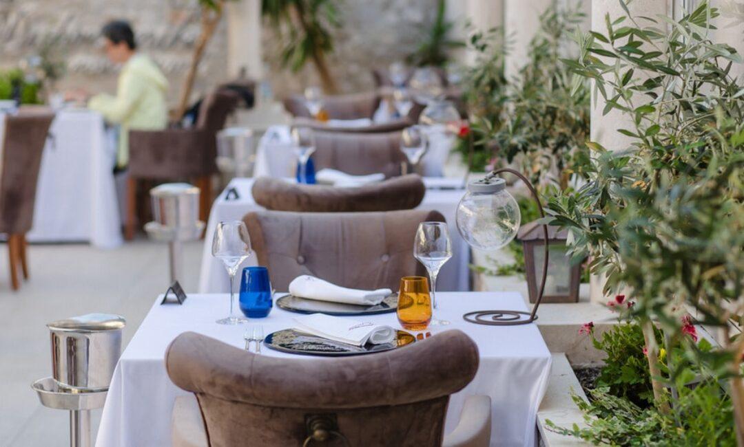 Restoran Dubrovnik osvaja šarmantnom terasom i mediteranskim jelima