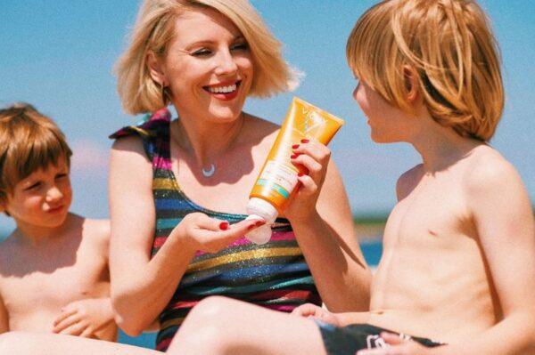 Preslatka obitelj Ide Prester uživa u ljetu uz najbolje Capital Soleil proizvode za zaštitu od sunca