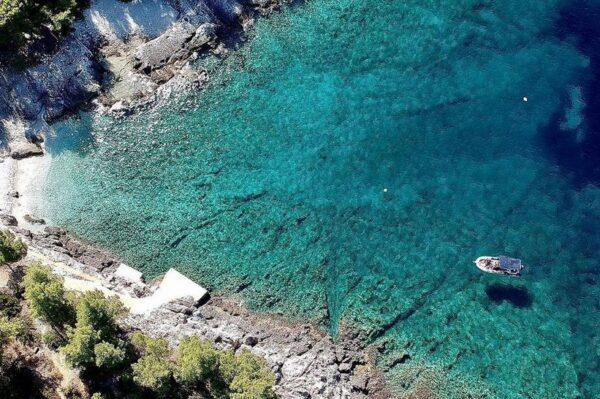 Na Hvaru se krije jedna od najljepših plaža na Jadranu
