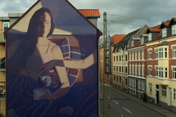 Lonac ponovo briljira muralom na fasadi u danskom gradu Aalborgu