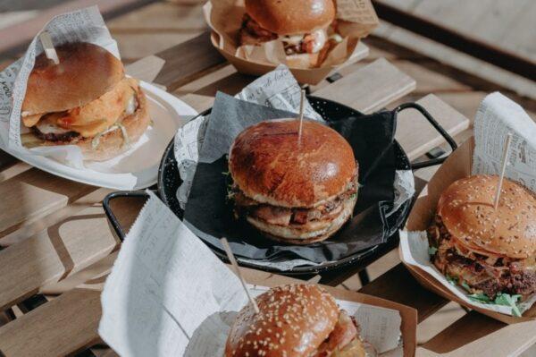 Počeo je Zagreb Burger Festival, a ovo su svi burgeri koje smo isprobale