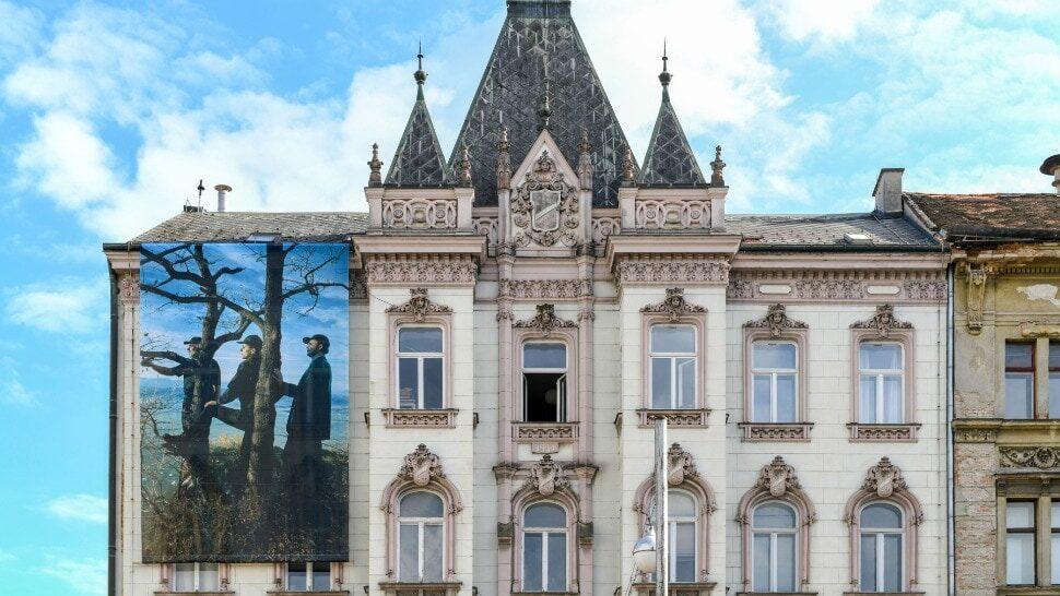 Galerija Ilica: Djela hrvatskih umjetnika na fasadama, na ulici i u izlozima