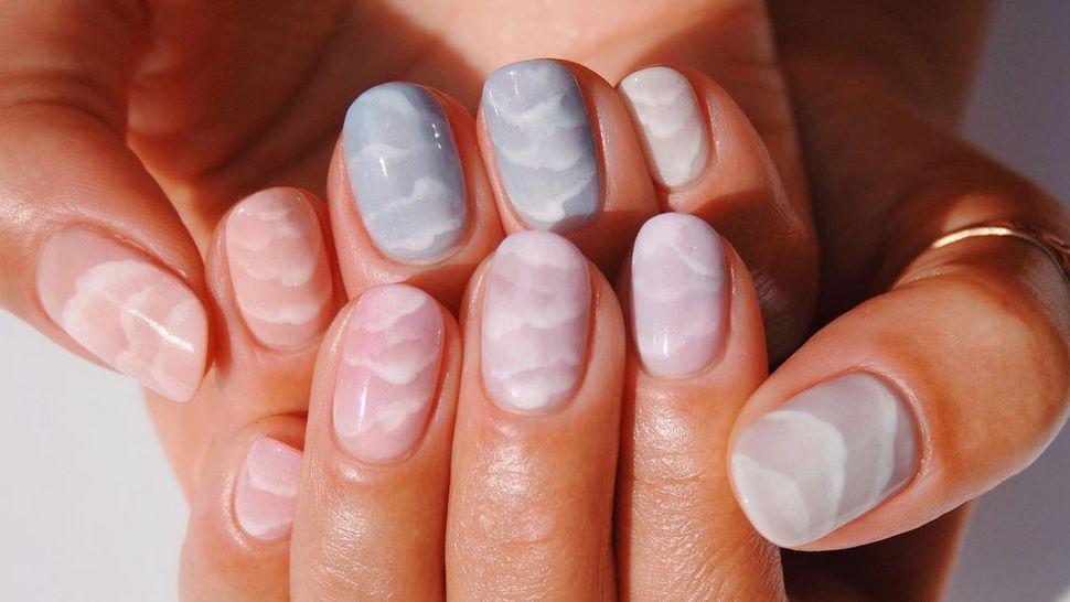 Manikure koje podsjećaju na oblake na noktima uvest će nas u jesen
