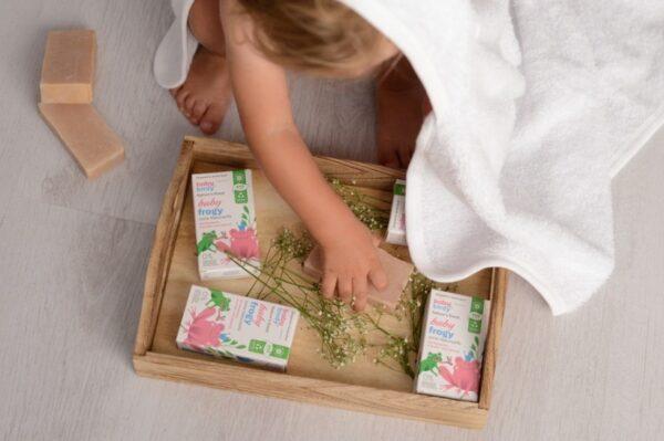 Poznate mame obožavaju koristiti ove baby proizvode za njegu svojih mališana