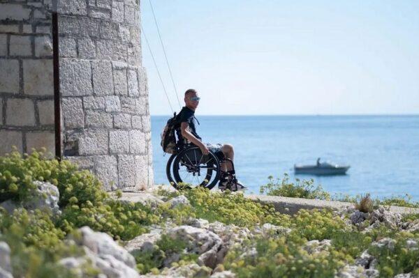 Slaven je u kolicima odlučio prijeći 1000 kilometara naše obale s humanitarnim ciljem