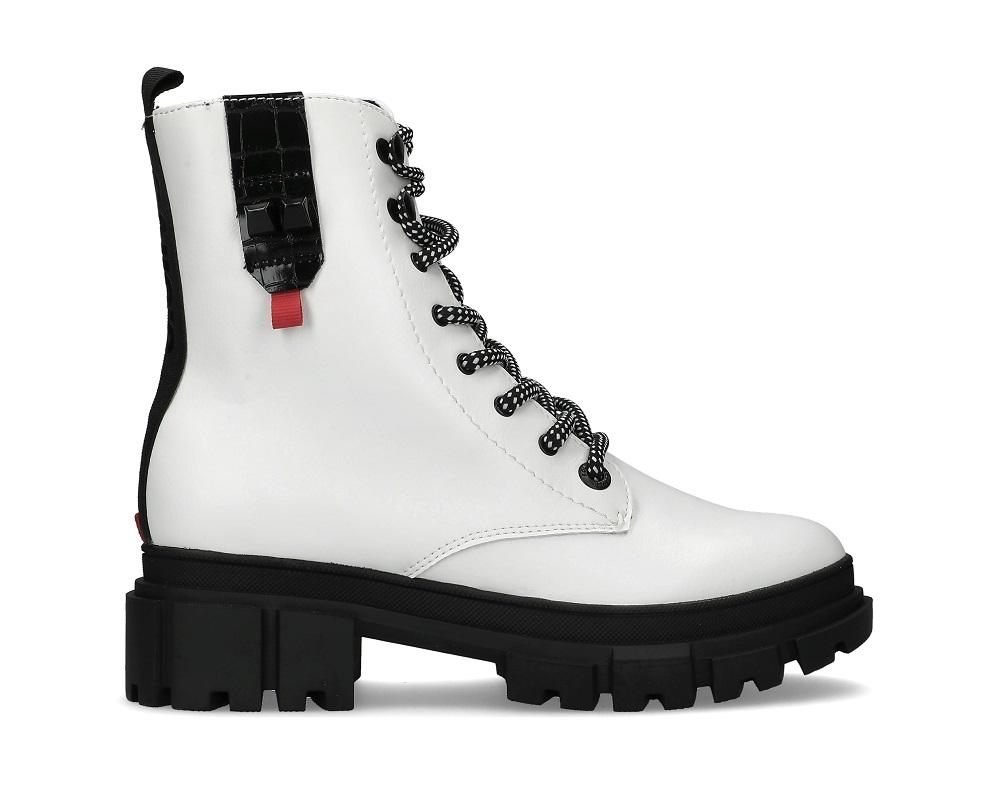 s.Oliver bijele čizme Mass jesen zima 2020. 2021.
